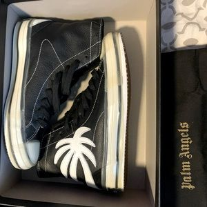LIKE NEW PALM ANGELS LEATHER SNEAKERS
